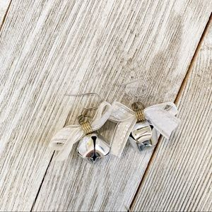 Jewelry - Jingle bell earrings